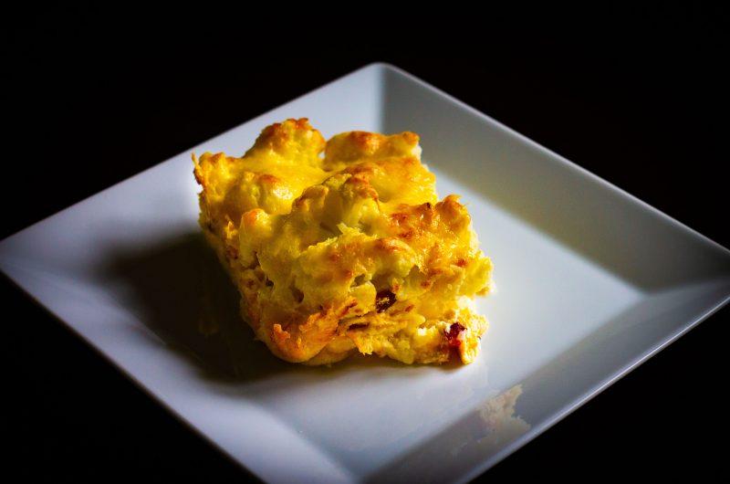 Rakott karfiol sok sajttal és finom szalonnával